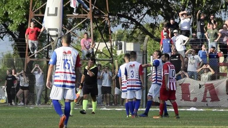 El último antecedente. Agresión a José Leiva y suspensión en Parque Casado.