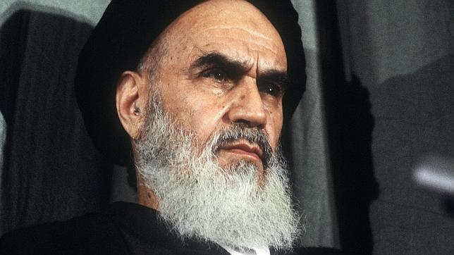 El ayatolla Jomeini, rival de los Estados Unidos desde la revolución islámica en Irán.