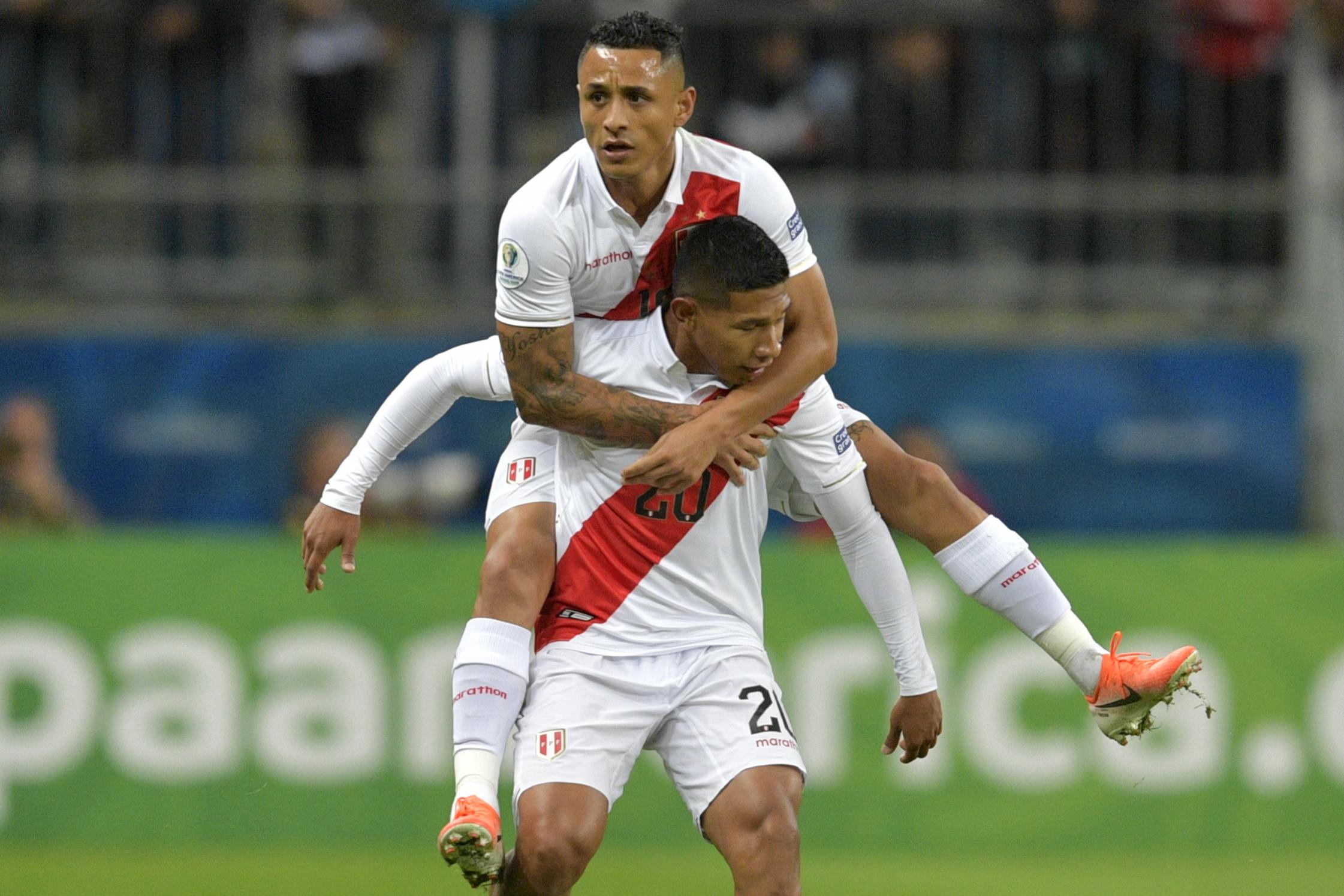 Parú terminó goleando a Chile con un gran nivel de juego