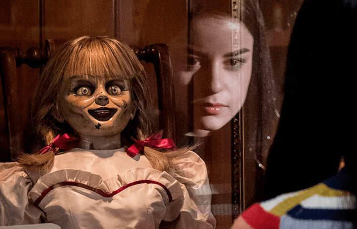 Annabelle 3, miedo y suspenso con una muñeca inquieta.