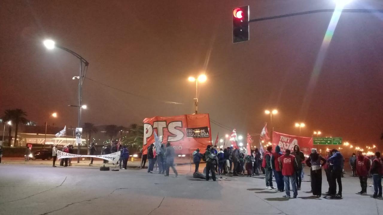 La manifestación recuerda que en Electrolux hubo más de 70 despidos este año.