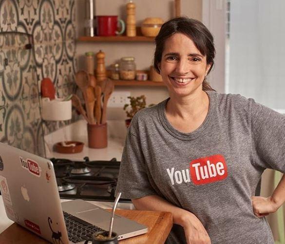 La cocinera youtuber, Paulina Cocina.
