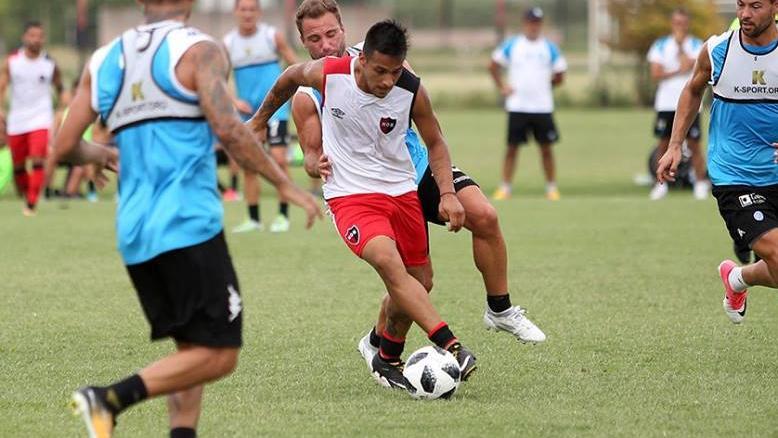 Sin lugar para Llop, el juvenil se muda a Córdoba por seis meses.