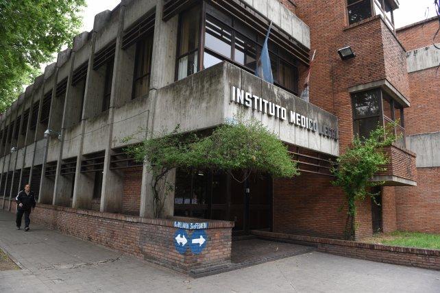 El cuerpo se envió al Instituto Médico Legal. (Foto: La Capital)