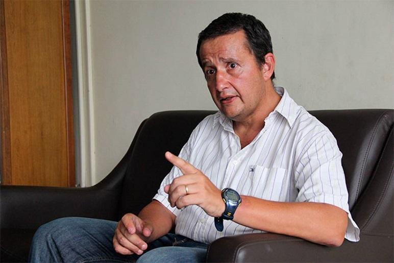 El diputado Carlos Del Frade (FSyP)