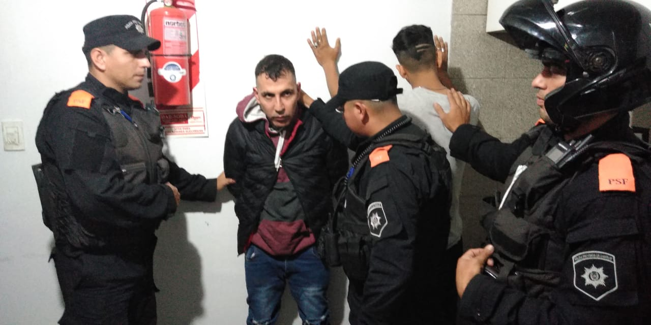 El gobierno difundió la imagen del tercer fugitivo recapturado.