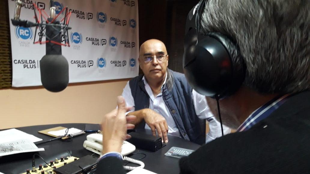 Gustavo Barraza dialogó con Guillermo Monclús y Anabella Castelli.
