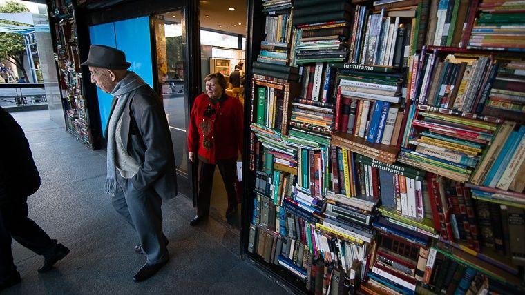 El poeta Gandolfo será homenajeado en la apertura de la Feria del Libro.