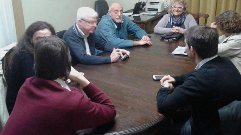 El encuentro semanal de los concejales se hace en horario matutino.