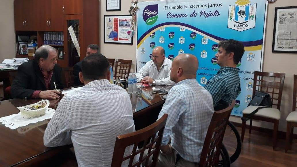 La reunión se dió el miércoles en el despacho comunal.