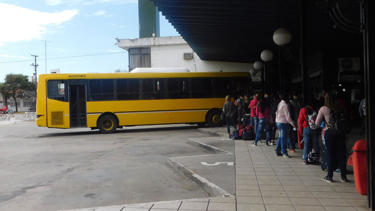 Los casildenses que viajan a diario a Rosario sufren un nuevo aumento.