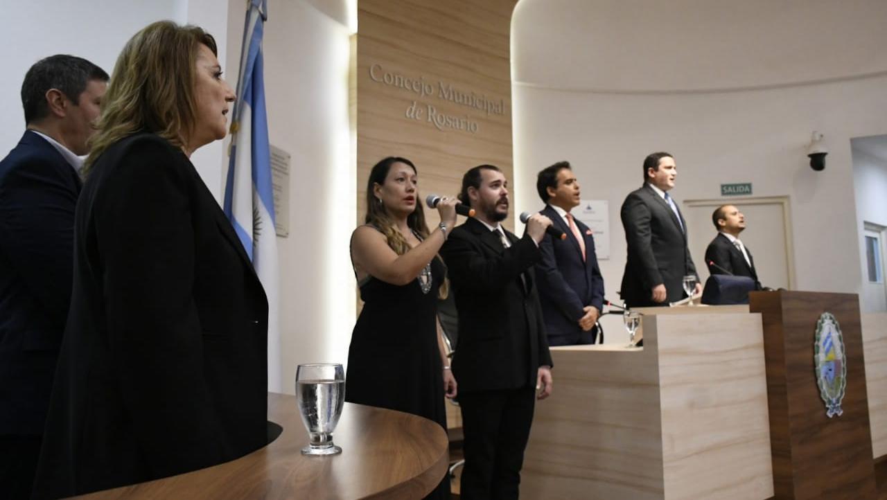 Fein en la apertura de sesiones ordinarias del Concejo Municipal. (Foto: Rosario Plus).