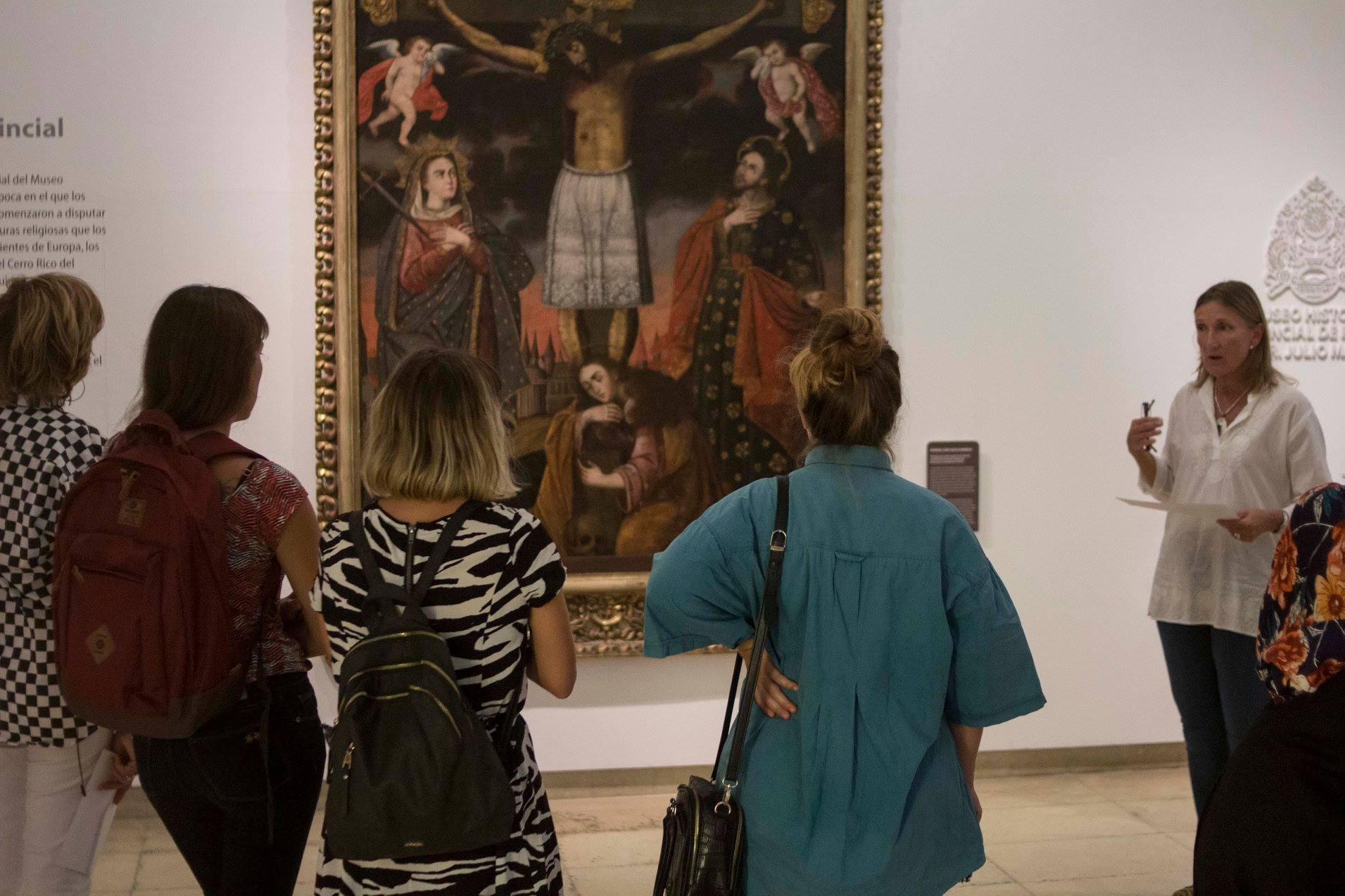 Los artistas hicieron un recorrido por las colecciones que deberán reinterpretar.