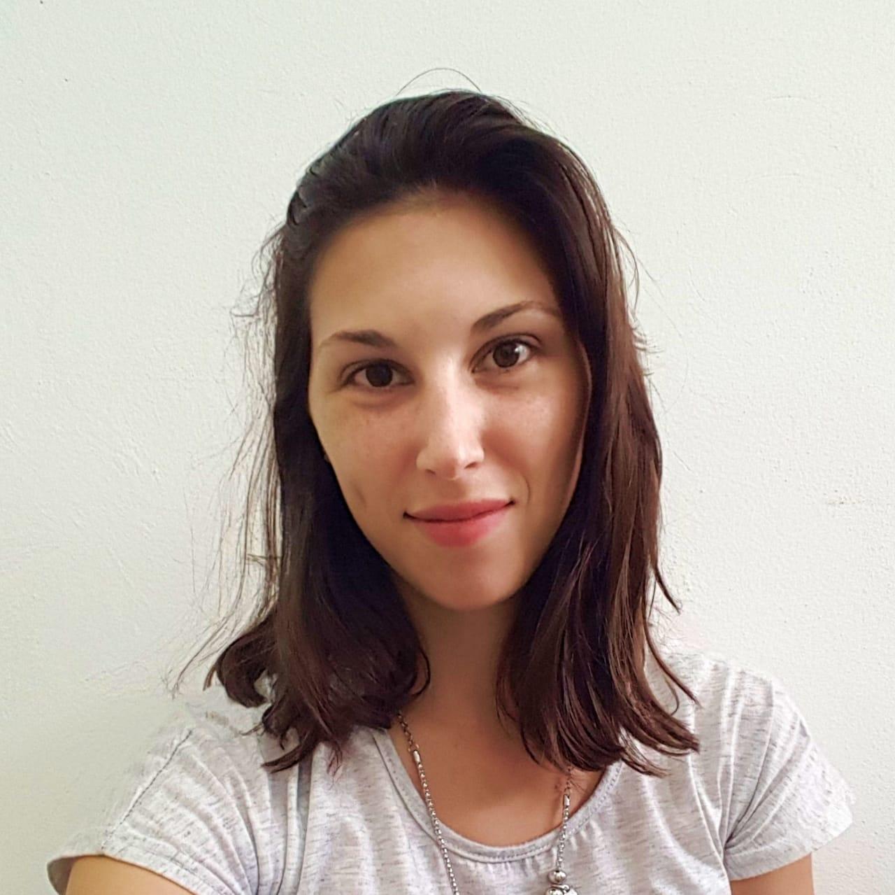 Agustina Silva, Licenciada en Nutrición