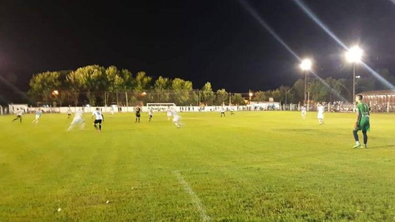El equipo de Yapeyú salió con todo al complemento y se adueñó del partido.