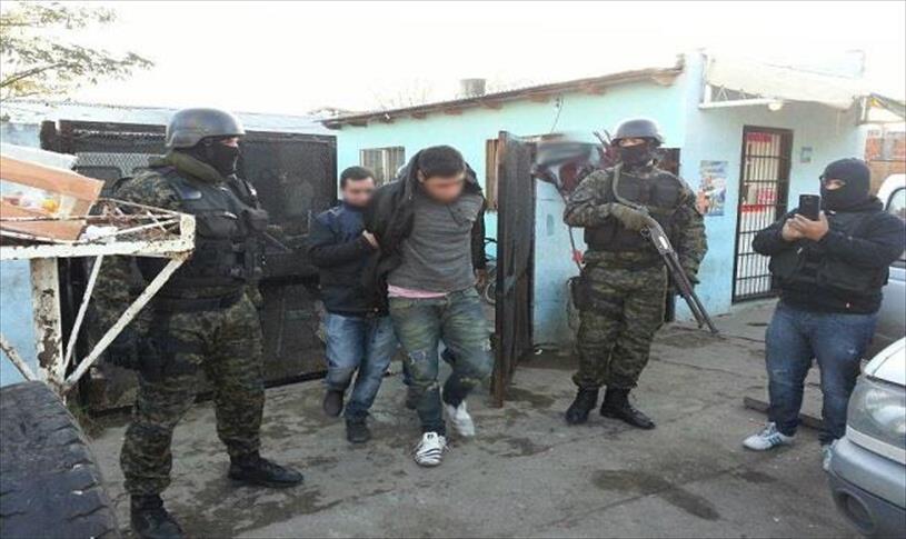 Imagen de su detención en 2016 por el negocio de autos robados en el Conurbano.