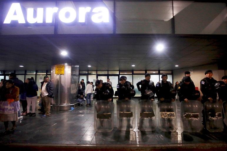 La detención en el aeropuerto guatemalteco causó un revuelo nacional.