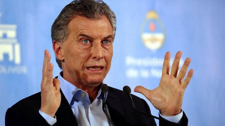 Mauricio Macri aprovechó la oportunidad para atacar a Aerolíneas Argentina.