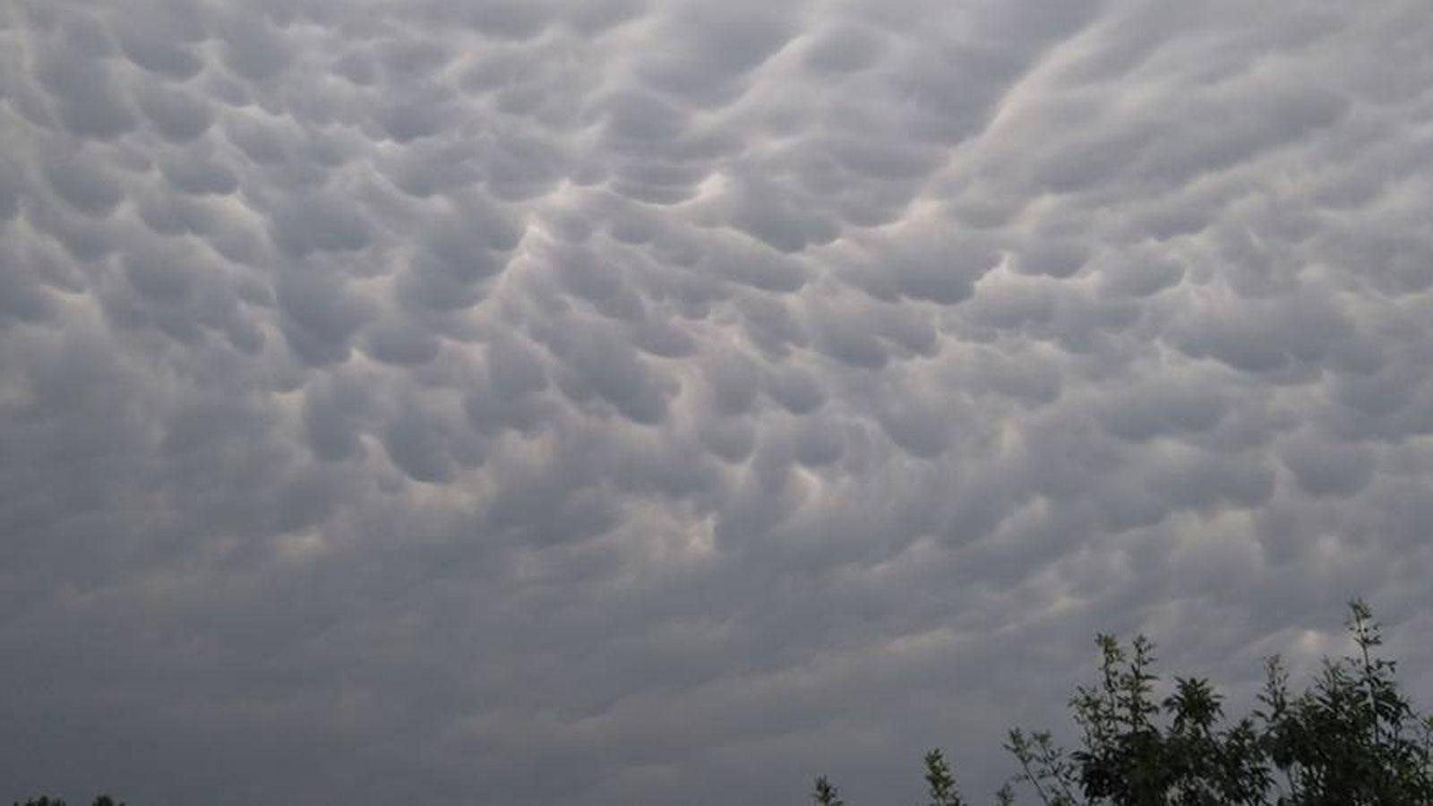 Cielo nublado todo el día