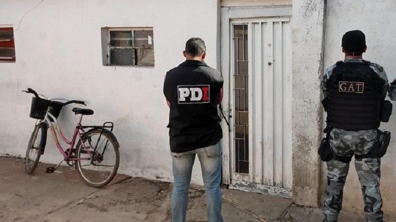 PDI y el GAT presente en los allanamientos.