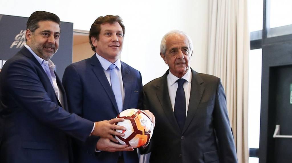 El presidente de la Conmebol quiere que el partido se dispute