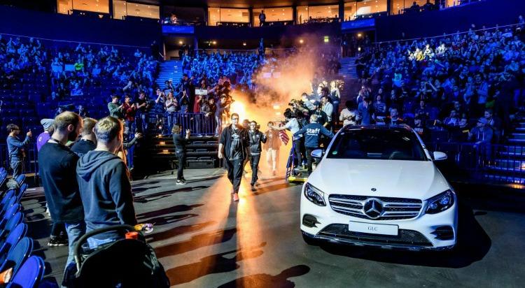 Mercedes-Benz continúa con su apuesta por los eSports, un filón diferente.