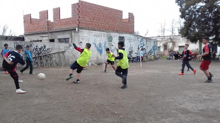 El Potrero frena la pelota por culpa de los inadaptados.