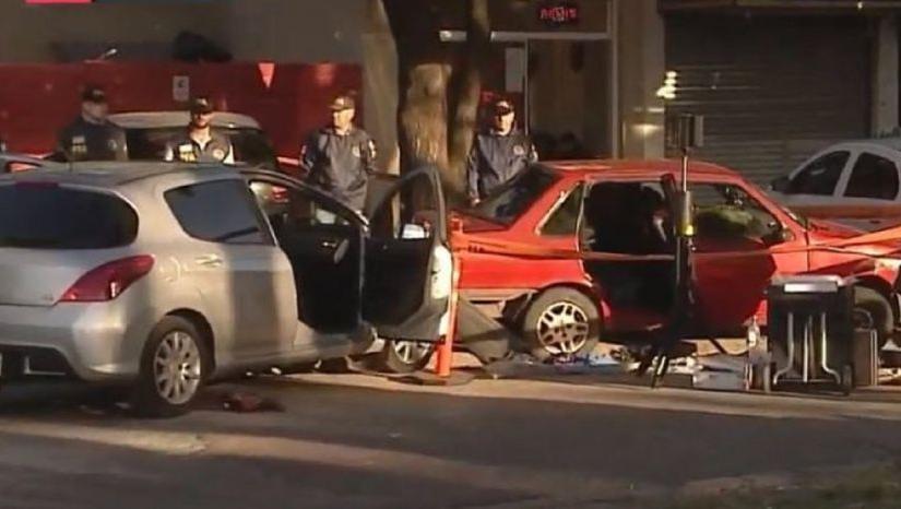 La adolescente murió dentro del Fiat Duna rojo en el que la secuestraron.