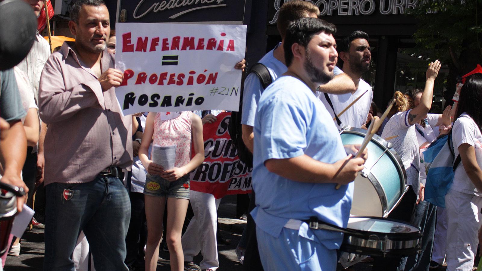 Marcha por el reconocimiento de los enfermeros como profesionales de la salud.