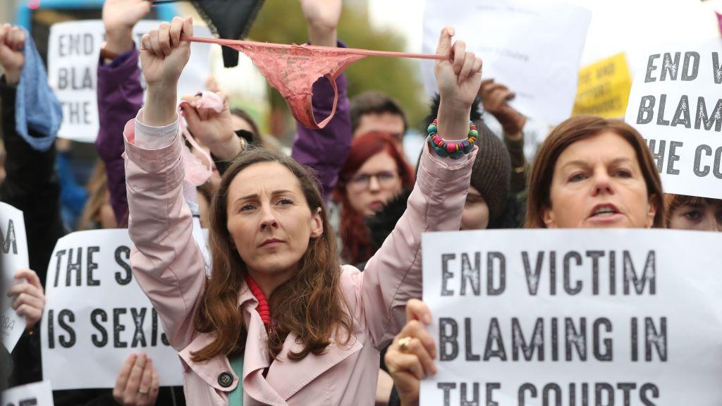 Curiosa movida de las mujeres irlandesas (Foto de svt.se)