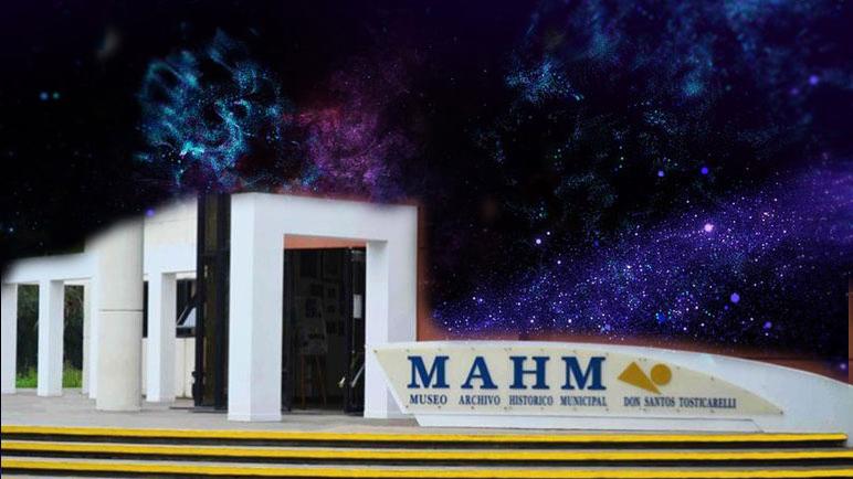 El cosmos se mete dentro de las instalaciones del Museo Don Santos Tosticarelli.