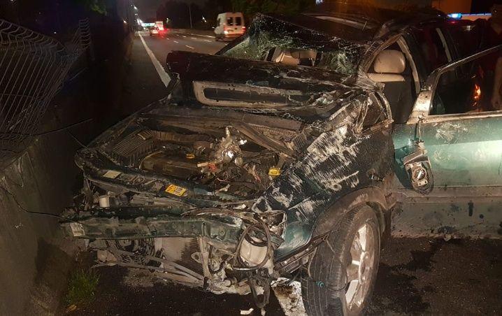 El vehículo en el que viajaban los ciudadanos bolivianos, uno de los cuales perdió la vida.