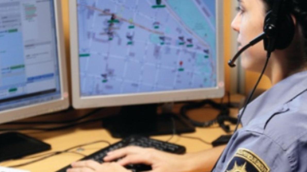Las operadoras del servicio 911 lidian a diario con falsas alarmas.