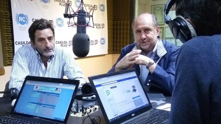 Omar Perotti estuvo en los estudios de Radio Casilda junto al concejal Golosetti.