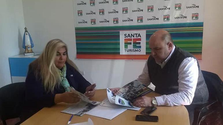 Quacquarinimantuvo un encuentro conla Directora de Turismo de SantaFe.