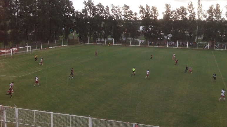 Alumni goleó a Atlético Sanford y es el nuevo escolta de Belgrano.