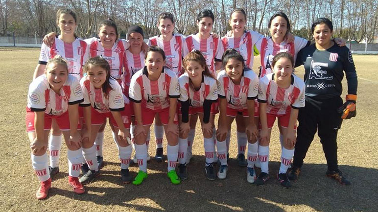 Alumni igualó 2-2 con Barraca y en la segunda fecha jugará ante América.
