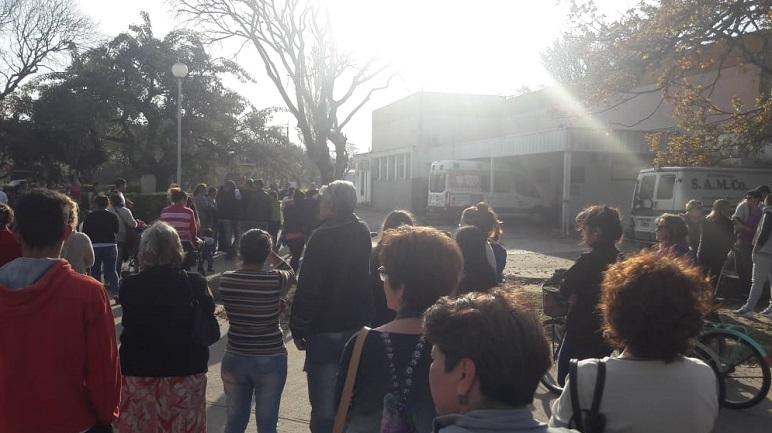 Unas 300 personas acompañaron a la familia de Milena Sánchez.