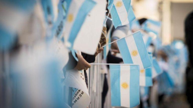 La bandera tiene su día, pero el 27 de febrero es especial para Rosario.
