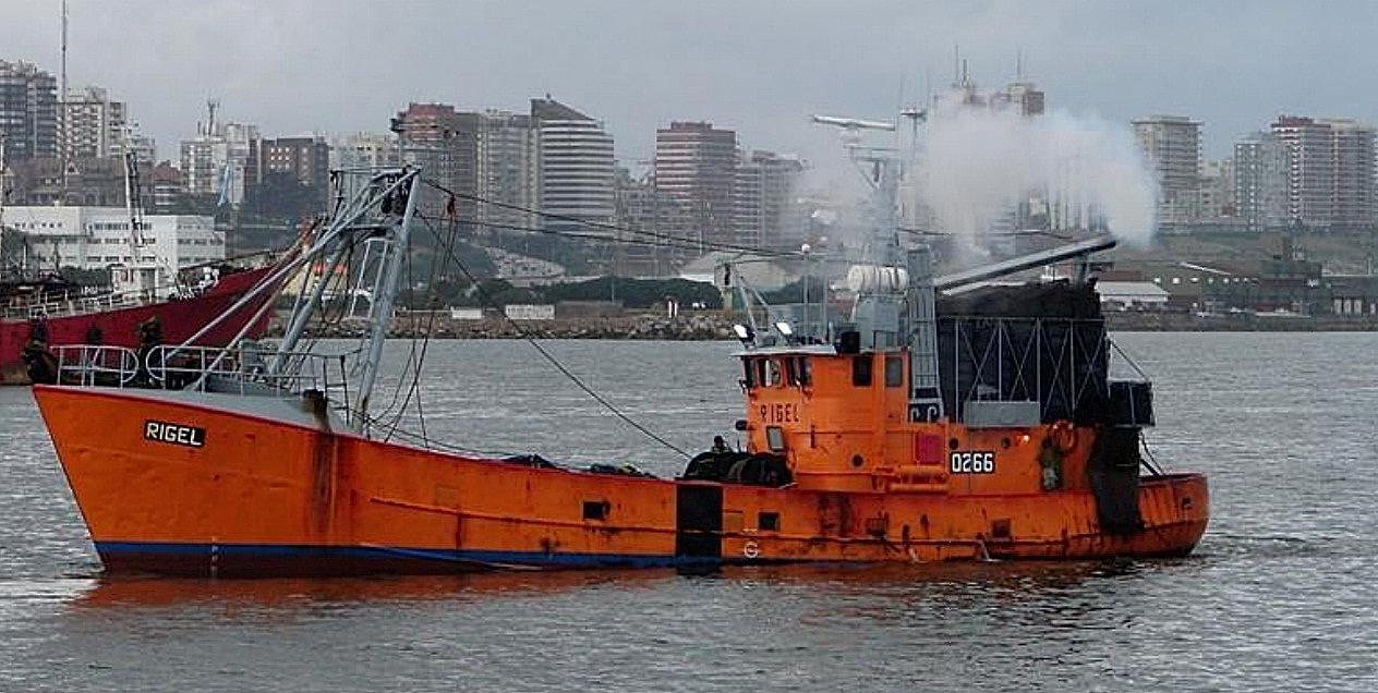 Prefectura busca intensamente al buque pesquero (Télam)