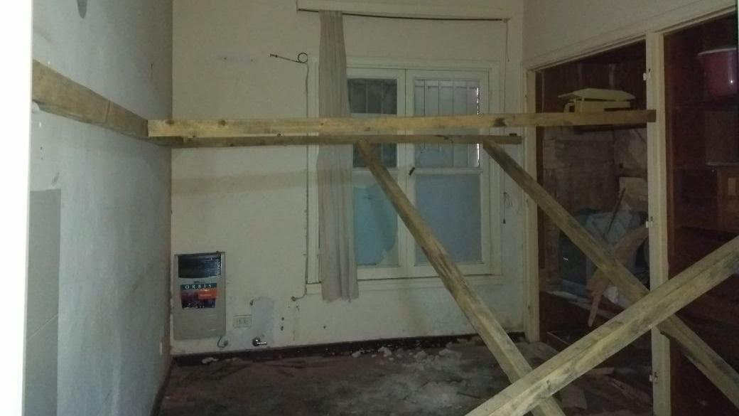 El deterioro edilicio es ostensible desde hace tiempo en el Eva Perón.
