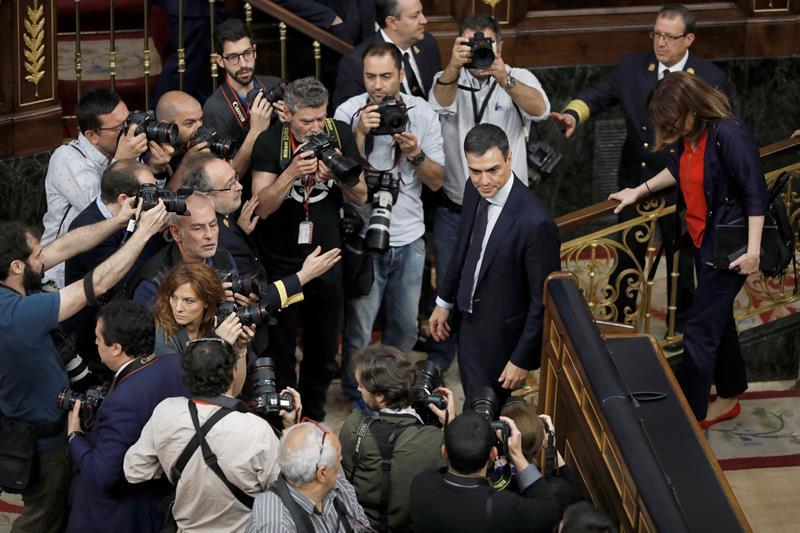 El líder del PSOEes el nuevo presidente español