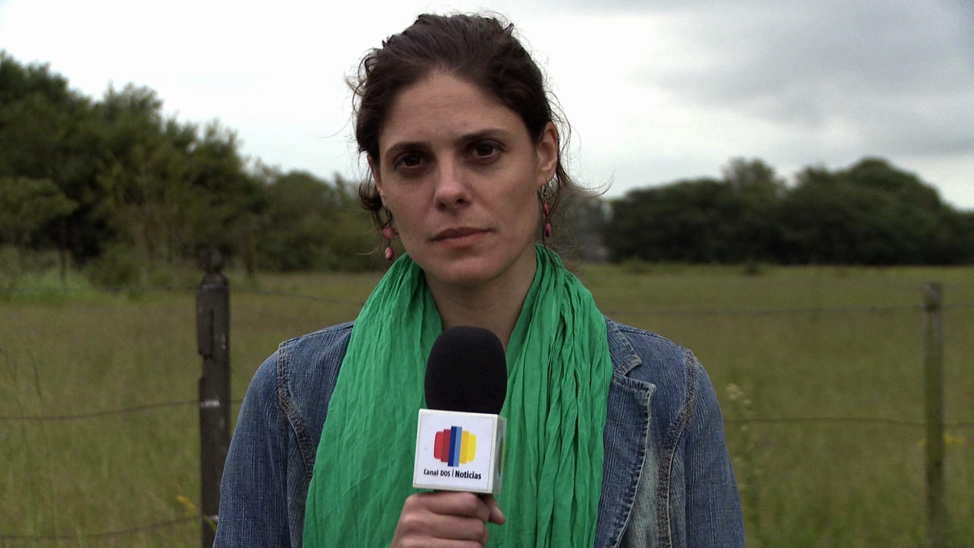 La actriz Juliana Moran, como periodista, y víctima de una relación violenta.
