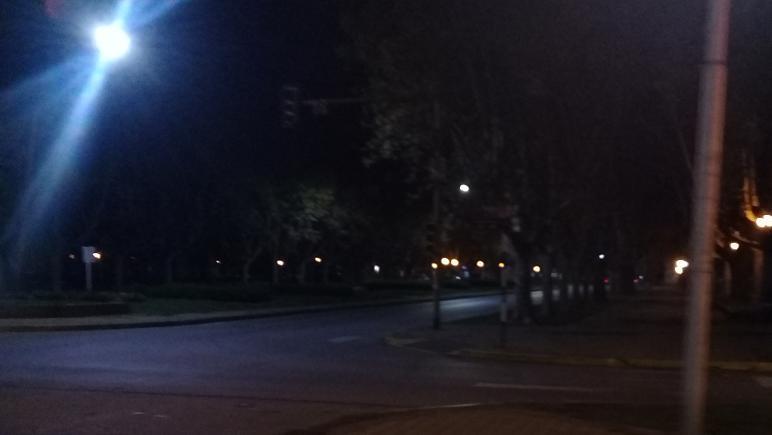 Buenos Aires y Ovidio Lagos. El semáforo no funciona.