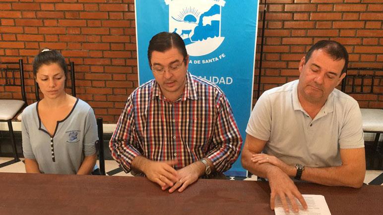 Sarasola hizo los anuncios junto a Fabiana Ramos y Fernando Sambrailo.