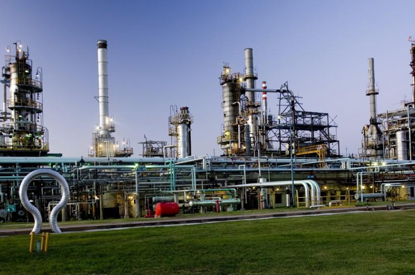Oil Combustibles está en la cuerda floja por una multimillonaria deuda fiscal.