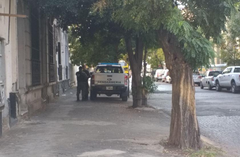 En Rosario detuvieron a un socio del policía, en Maipú al 1700.(@Belitaonline)