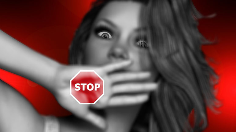 Las mujeres denunciaron públicamente los casos de abuso.