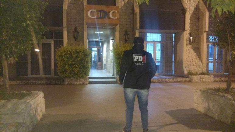 Hubo allanamientos en varios clubes de la ciudad.