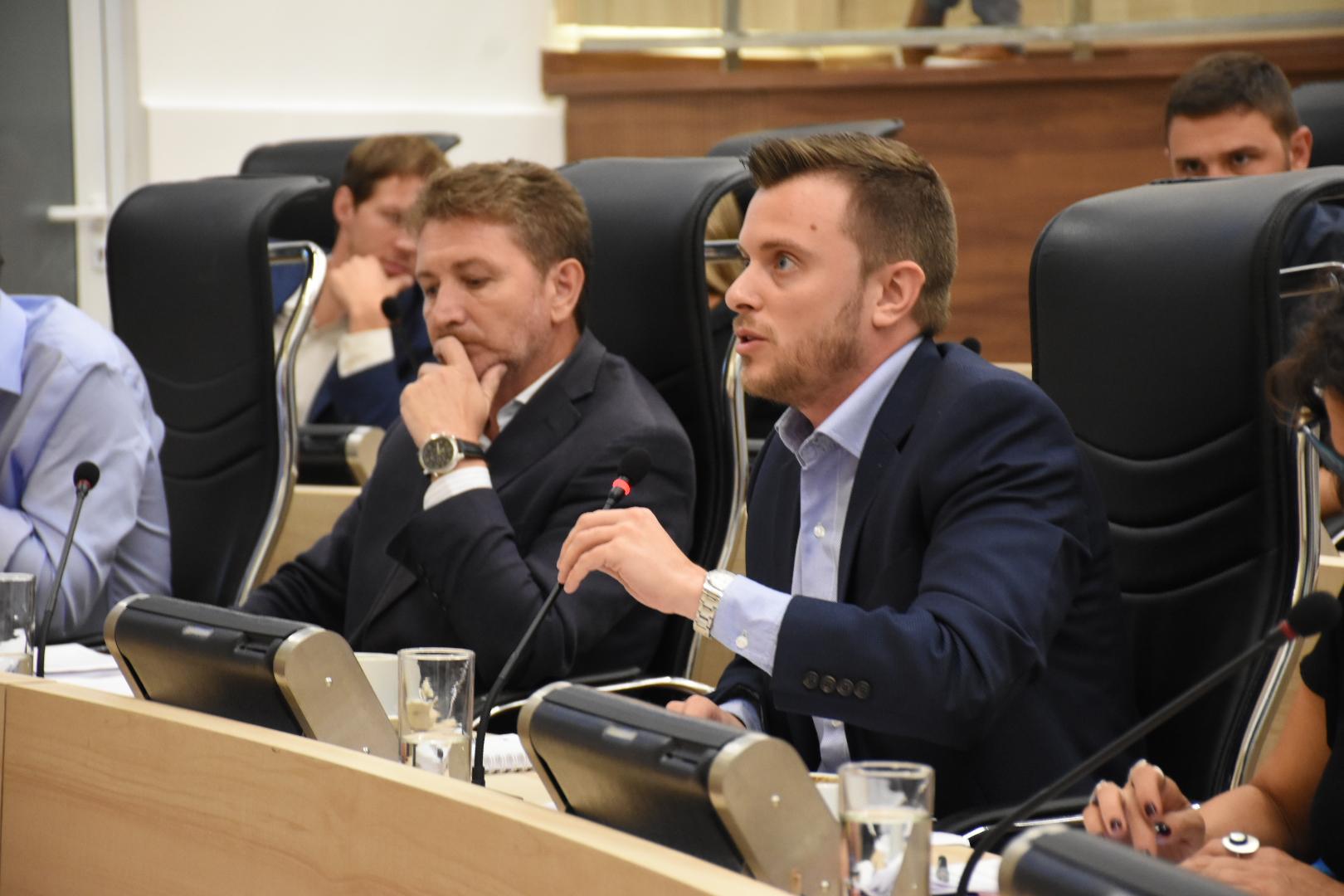 Debate prometedor en el Concejo